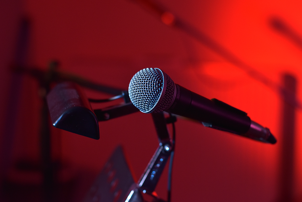 microphone1080052